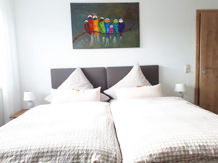 Gästehaus Kanders - Zimmer  mit Miniküche