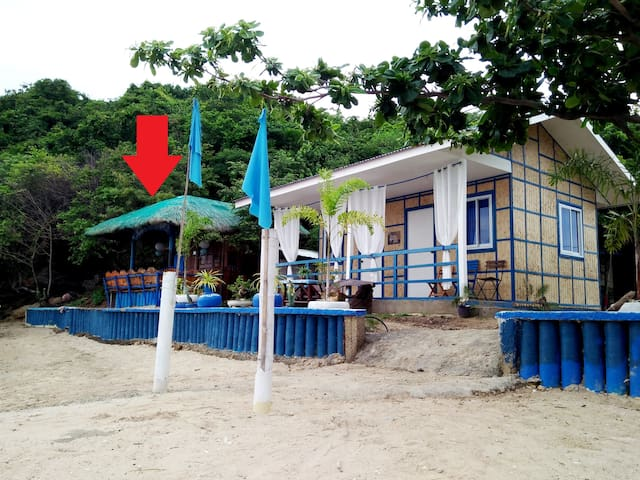 ★BeachFront★BahayKubo/Hut (Fan only)★ 100island★