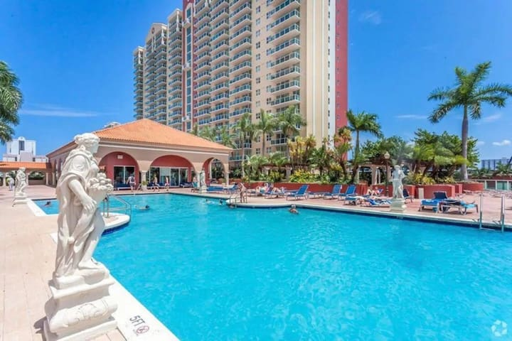 2BR waterfront getaway w pool