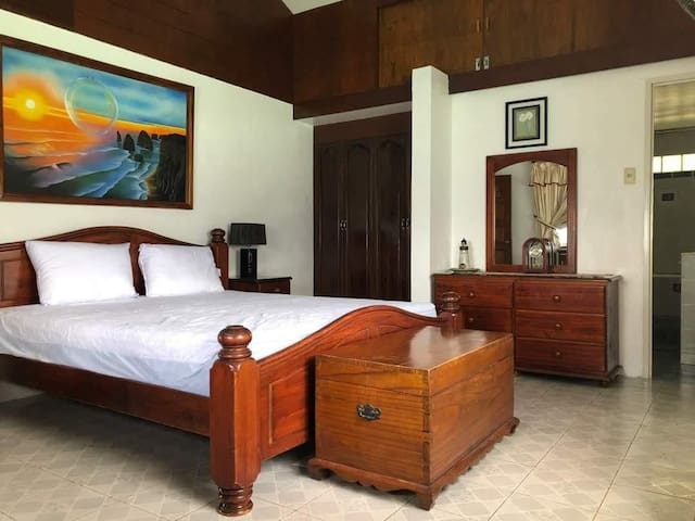 Master Bedroom HSC 1