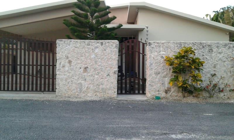 Casa Taina