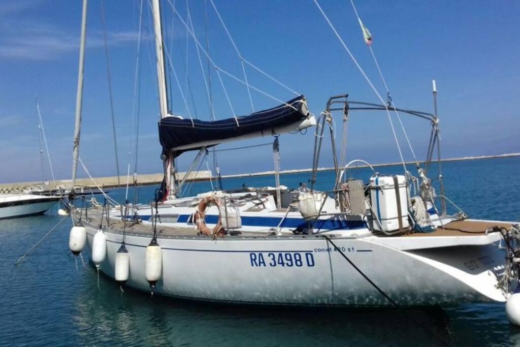 Giò Totò in the harbour/ Giò Totò in porto