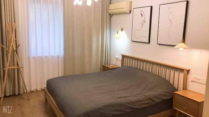 北欧时光公寓 两室一厅 最最市中心的中心