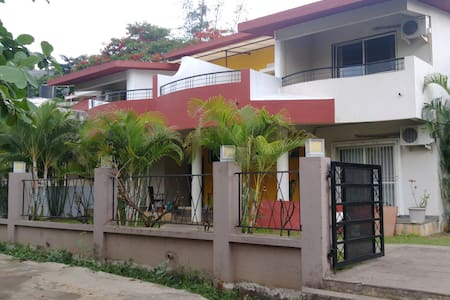 khandala villa/sharing for two people - Lonavala - Bungalow