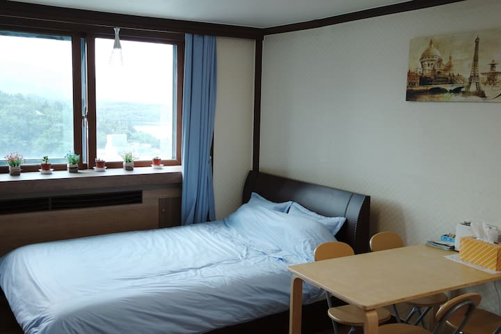 JOONHOUSE LAKE VIEW 5Minutes From TERMINAL by walk - Sokcho-si - Apartment