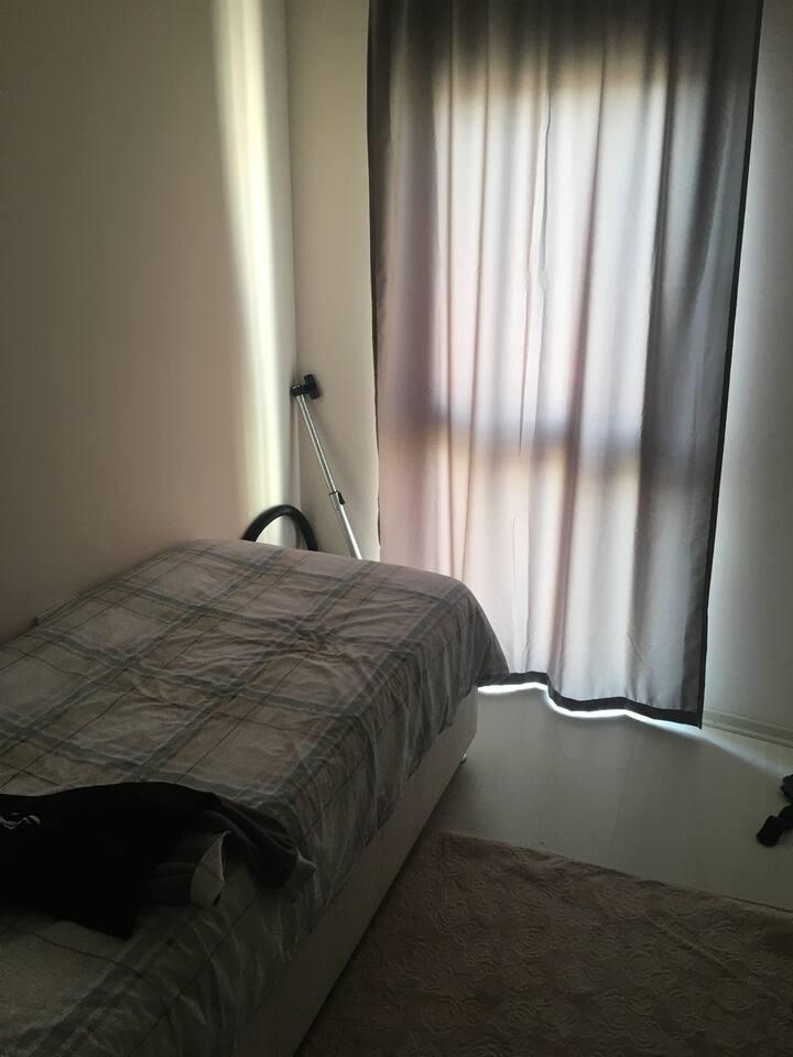 2+1 dairemde oda kiralıyorum