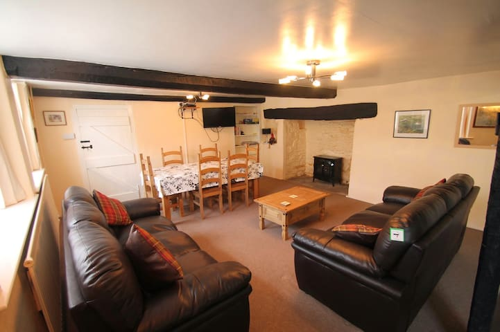 Holiday Cottage in Doone Valley, Oare, sleeps 4 - Malmsmead - บ้าน