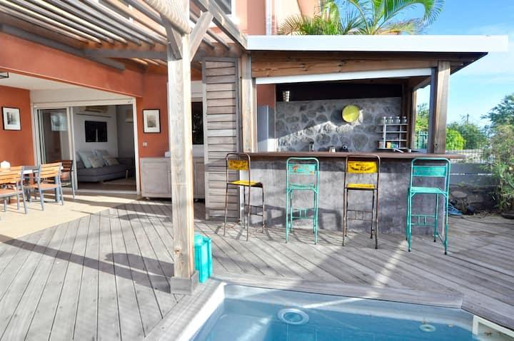 Beau T3 de standing, vue mer, terrasse et piscine