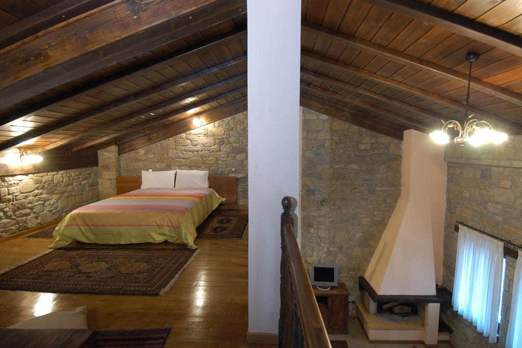 Double bed on the roof, Panaiolos house.