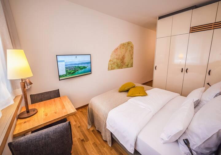 Boardinghouse Bodensee, (Gaienhofen), Business Apartment, 22qm, ein Wohn-/Schlafzimmer, max. 2 Personen