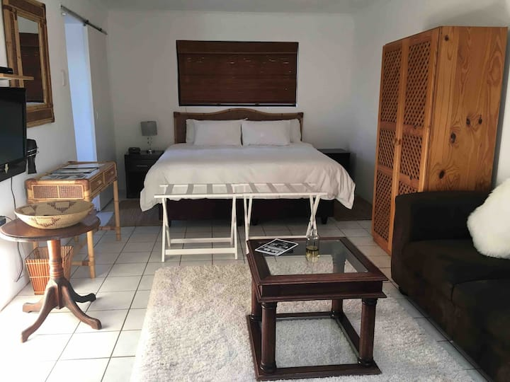 Summerhill S/C Accommodation:Flat 5 St Francis Bay
