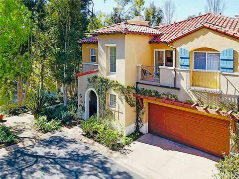 Luxury - Villa Style Apartment