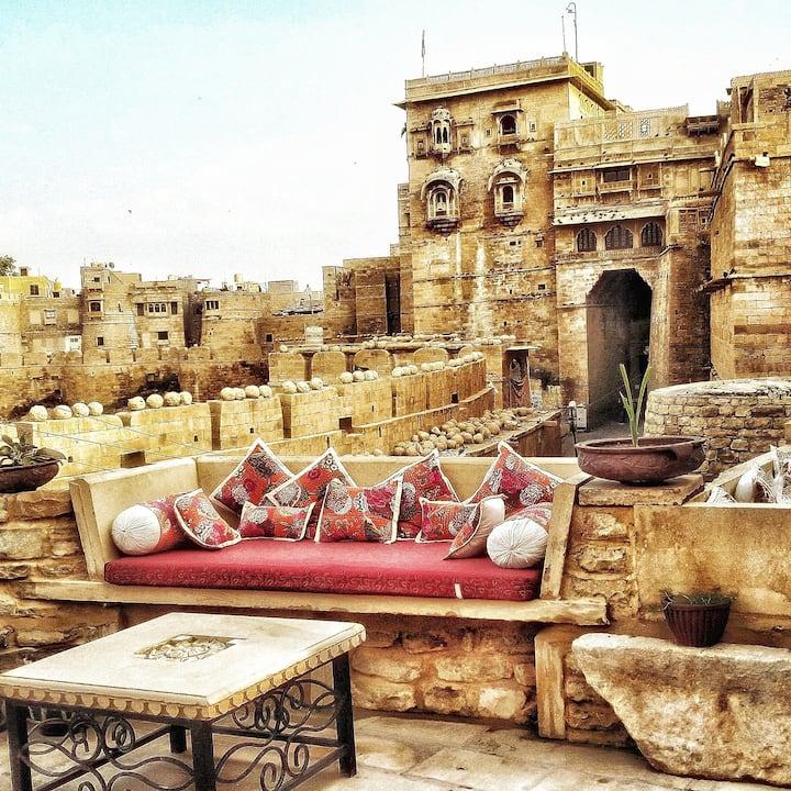 """Jaisalmer""""Gokhraa (Balcony) Room""""  Jaisalmer Fort!"""