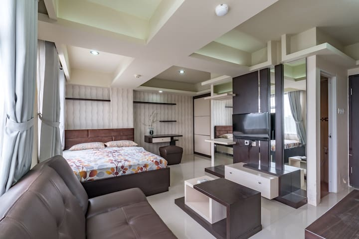Luxurious 33m2 Studio, WIFI@  Jarrdin Cihampelas