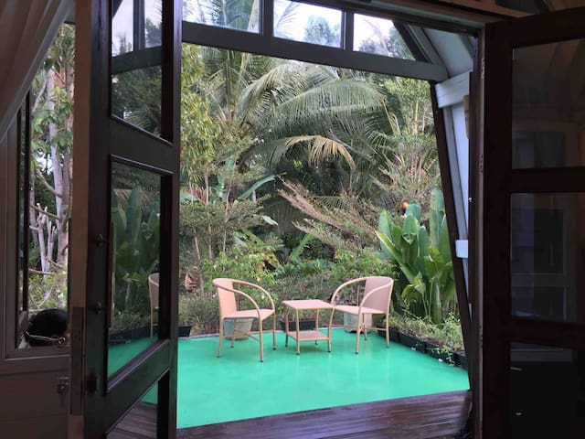 Budget Price Truly Private Small House Jungle View