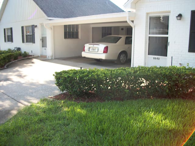 one family homes - New Port Richey - Casa