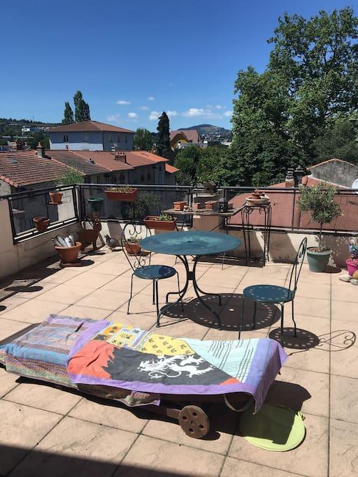 Terrasse donnant directement sur le studio