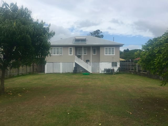 2 Bedroom Queenslander - Maroochydore - Casa