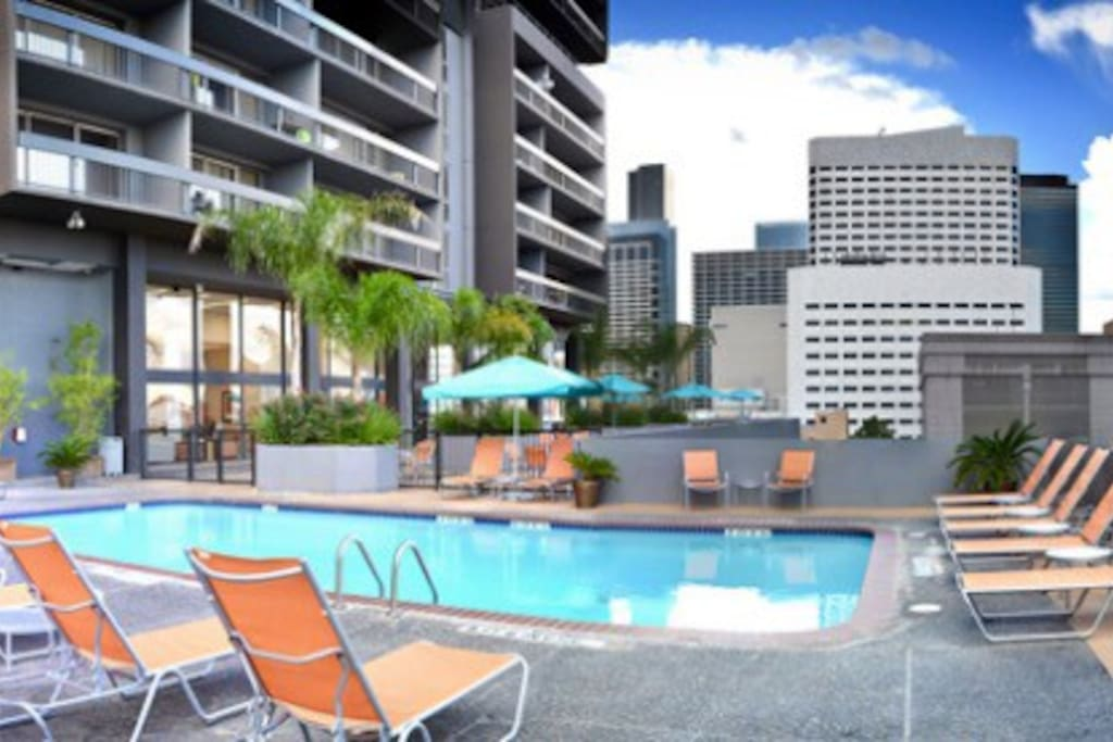 The pool on the 9th floor provides a place to catch some sun and take a dip!