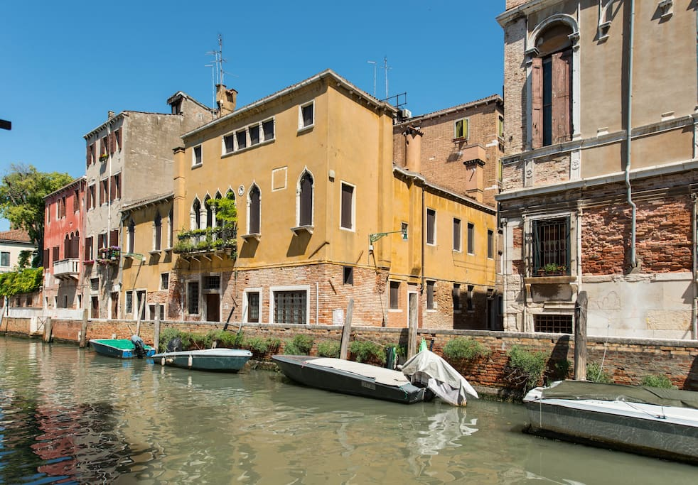 Venice East Homes For Rent