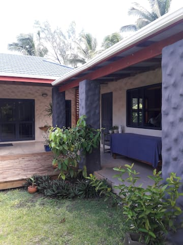 Tupapa Home - Matavera District - Huis
