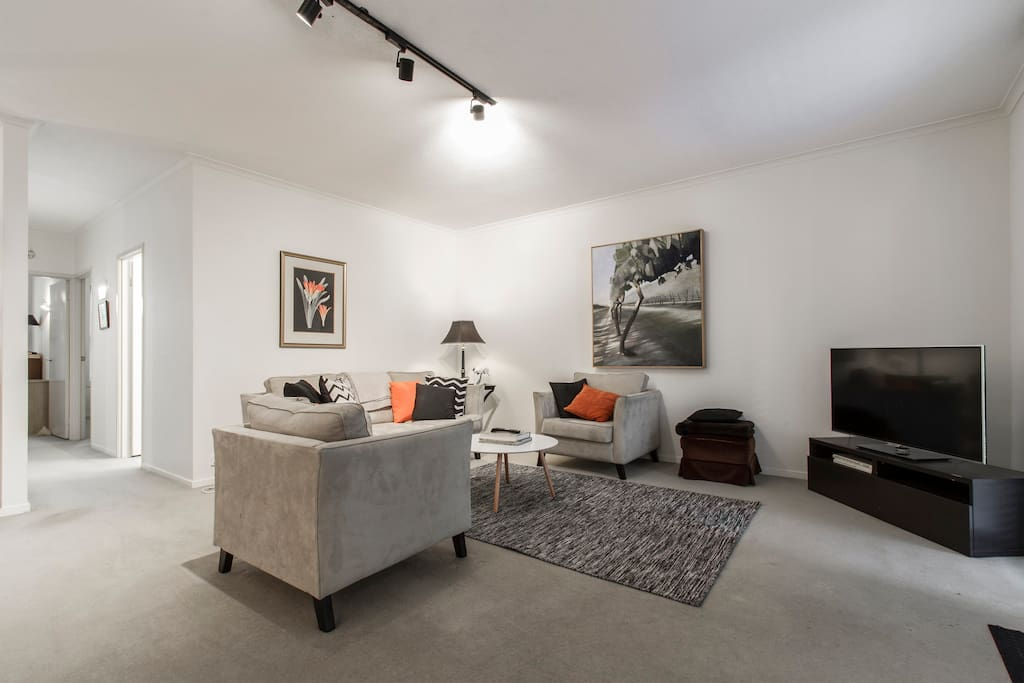 2 Bedroom Apt Melbourne City Wifi Apartments For Rent In Melbourne Victoria Australia