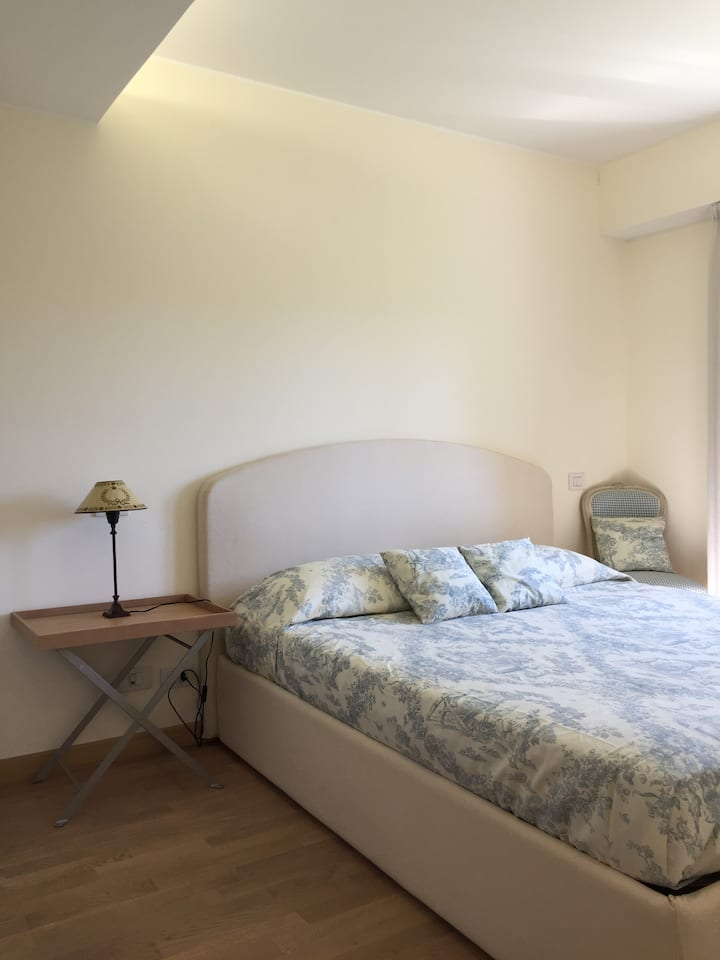 Second row to the sea 2 bedrooms flat in SJCF