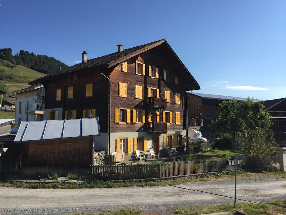 Das Haus mit Zufahrtsweg (Sackgasse)