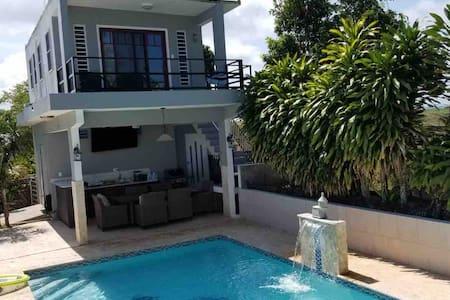 Villa Paraiso w/Private Pool