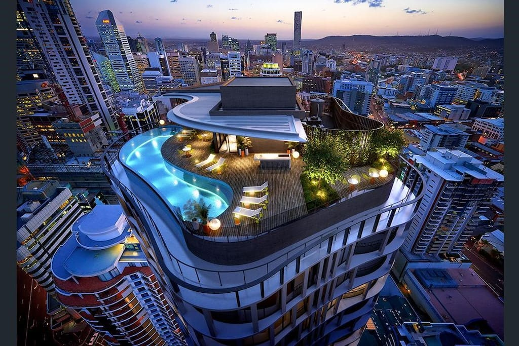 Infinity roof top pool city apartment apartments for for Pool show brisbane
