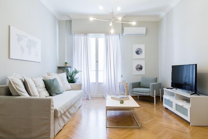 Acropolis Heart 1BD Apartment in Plaka