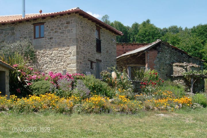 Cosy Farmhouse with Garden in the Ribiera Sacra