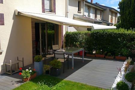 Chambre calme dans une maison individuelle Villers - Villers-lès-Nancy