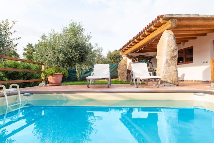 Fantastic holiday resort with private pool - Résidence Villa Smeralda Executive Apartment