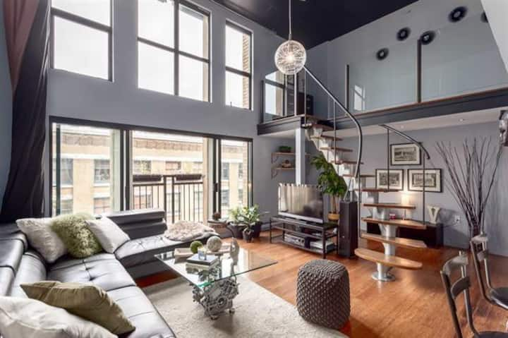 Big Stylish Gastown Loft -monthly rental available