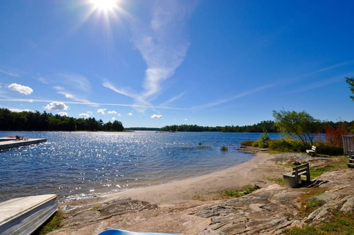 Georgian Bay Guest Cottage 1 Cabins For Rent In Mactier