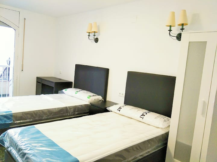 Comfortable two person room in the villa 6号