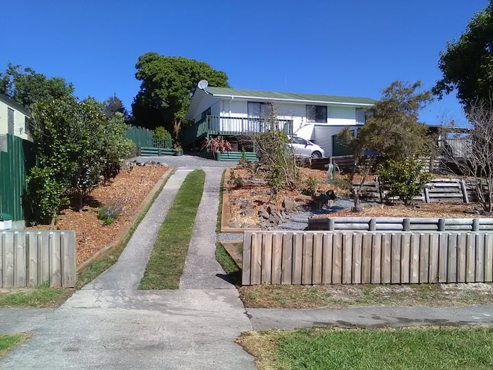 Hillview Family Home Stay Entire house 3 bedrooms