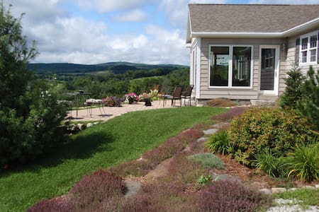 Awesome views! Picturesque Peacham area. Cozy home - Barnet - Talo