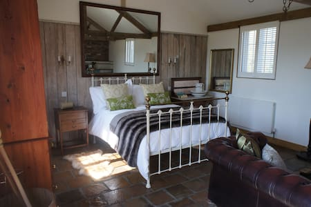 Cosy, studio barn conversion - Bradpole - Wohnung