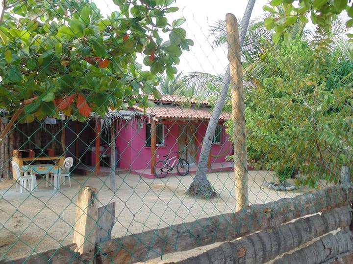 Quinta MaryAna en Barra de Potosí. House w/ garden