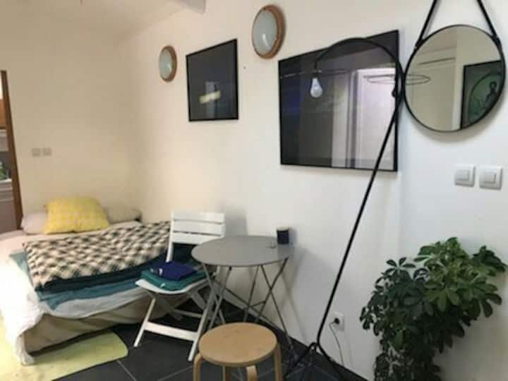Petit Studio privé en plein centre