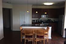 Comfortable 2X1 w/ living area