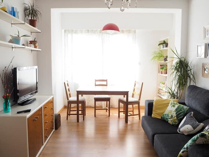 Esplugues Habitación cómoda y luminosa