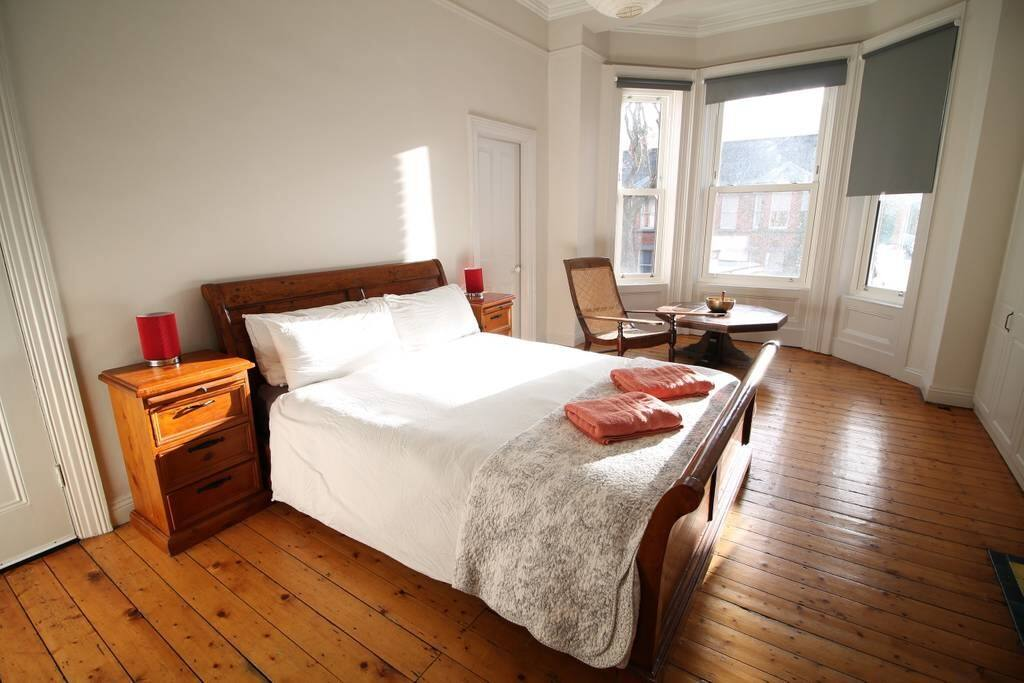 Bedroom 1 king size