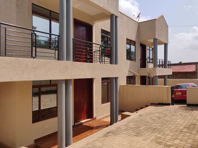 Kigali Expat &Tourist Suite+Free Airprt pckup+WiFi