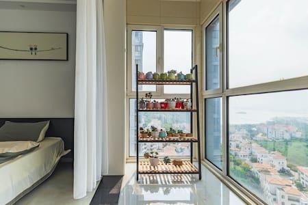 米舍1 豪华海景 超大两室 在家观海看日出 近连岛 花果山 云台山 渔湾等