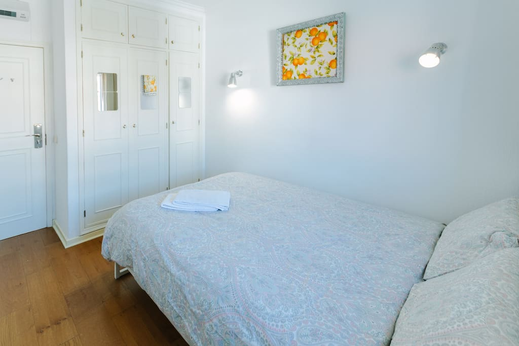 Room For Rent In Lisbon Portugal