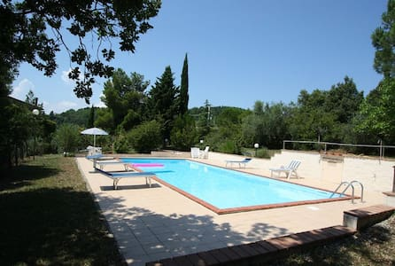 4 Bedroom Tuscan Villa- with Wifi 20 Mins to Siena - Civitella Paganico