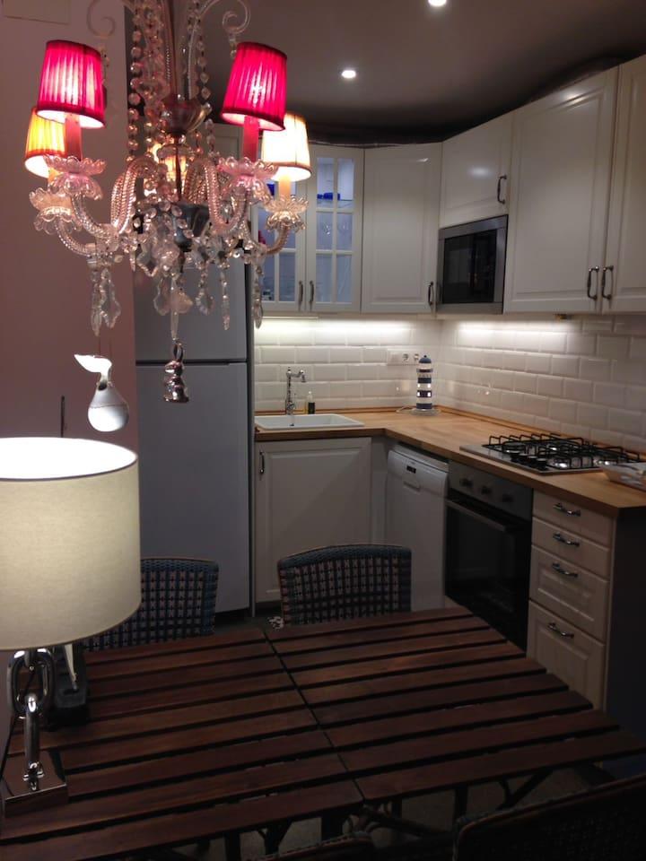 Vine uns dies a l'Empordanet: platges, gastronomia, i un apartament per està com a casa!!!!